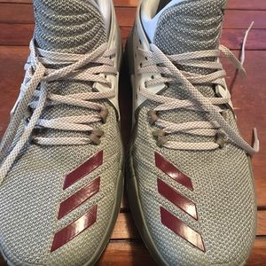 Adidas Damian Lillard Dame 3